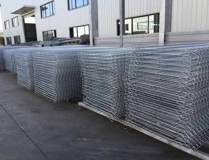 Top Roll Fence